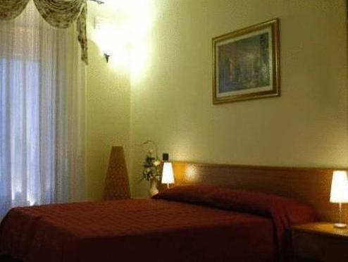 Best Price on La Terrazza Del Quadrifoglio in Cisternino + Reviews