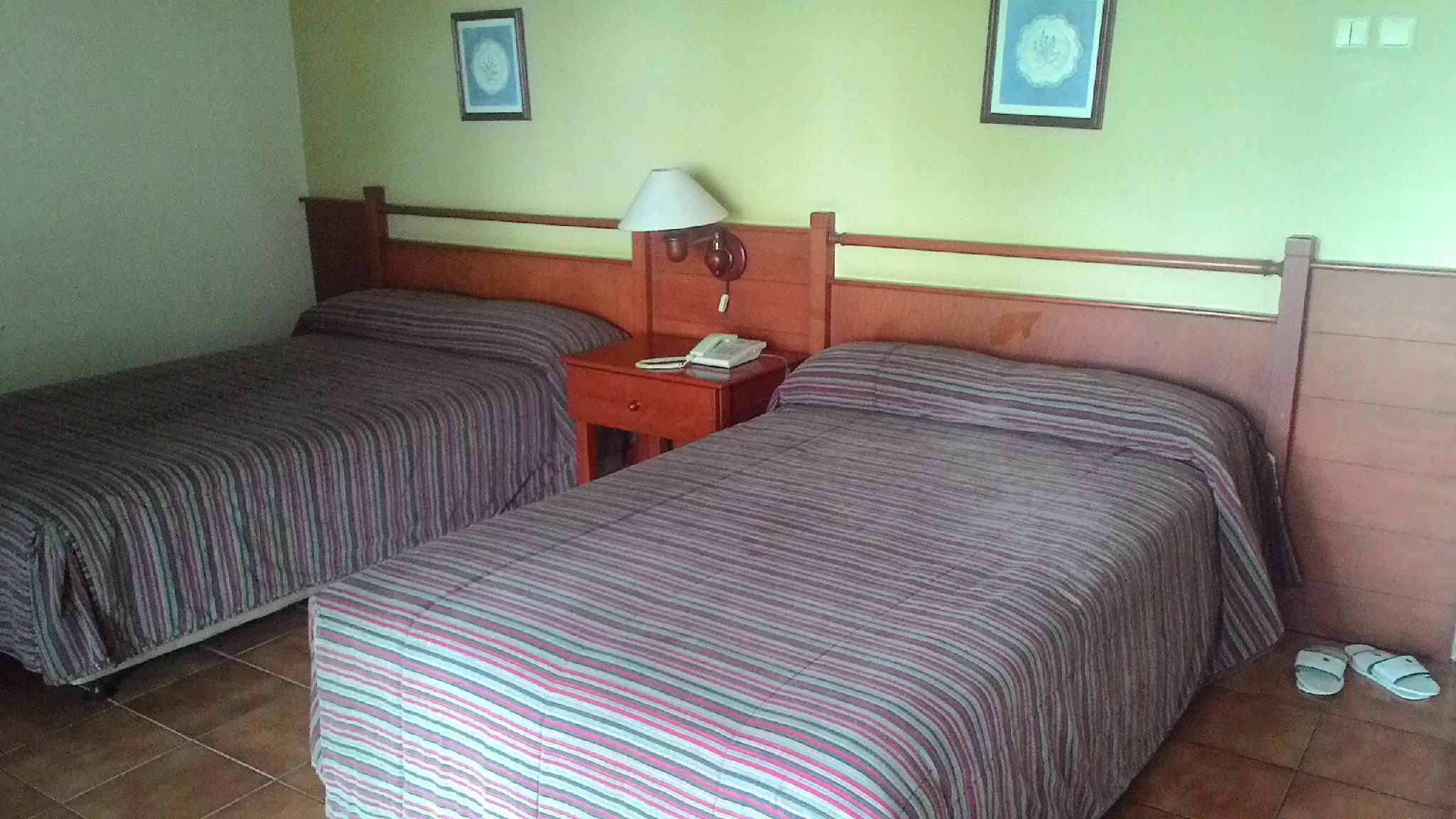 Gunung Geulis Cottages Managed By Royal Tulip Guesthouse Bed And Breakfast Puncak Deals Photos Reviews