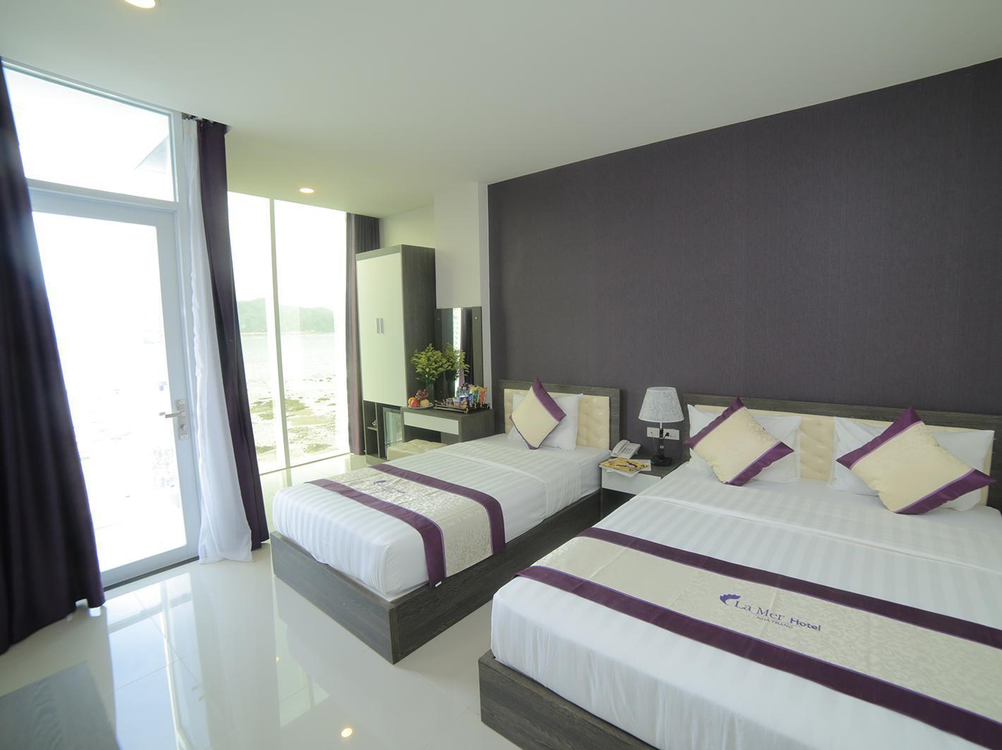 Deluxe Sea View Twin Bed with Balcony
