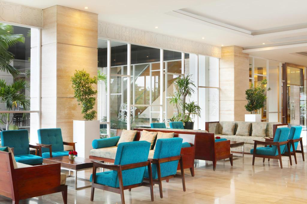 Lobby Four Points by Sheraton Makassar