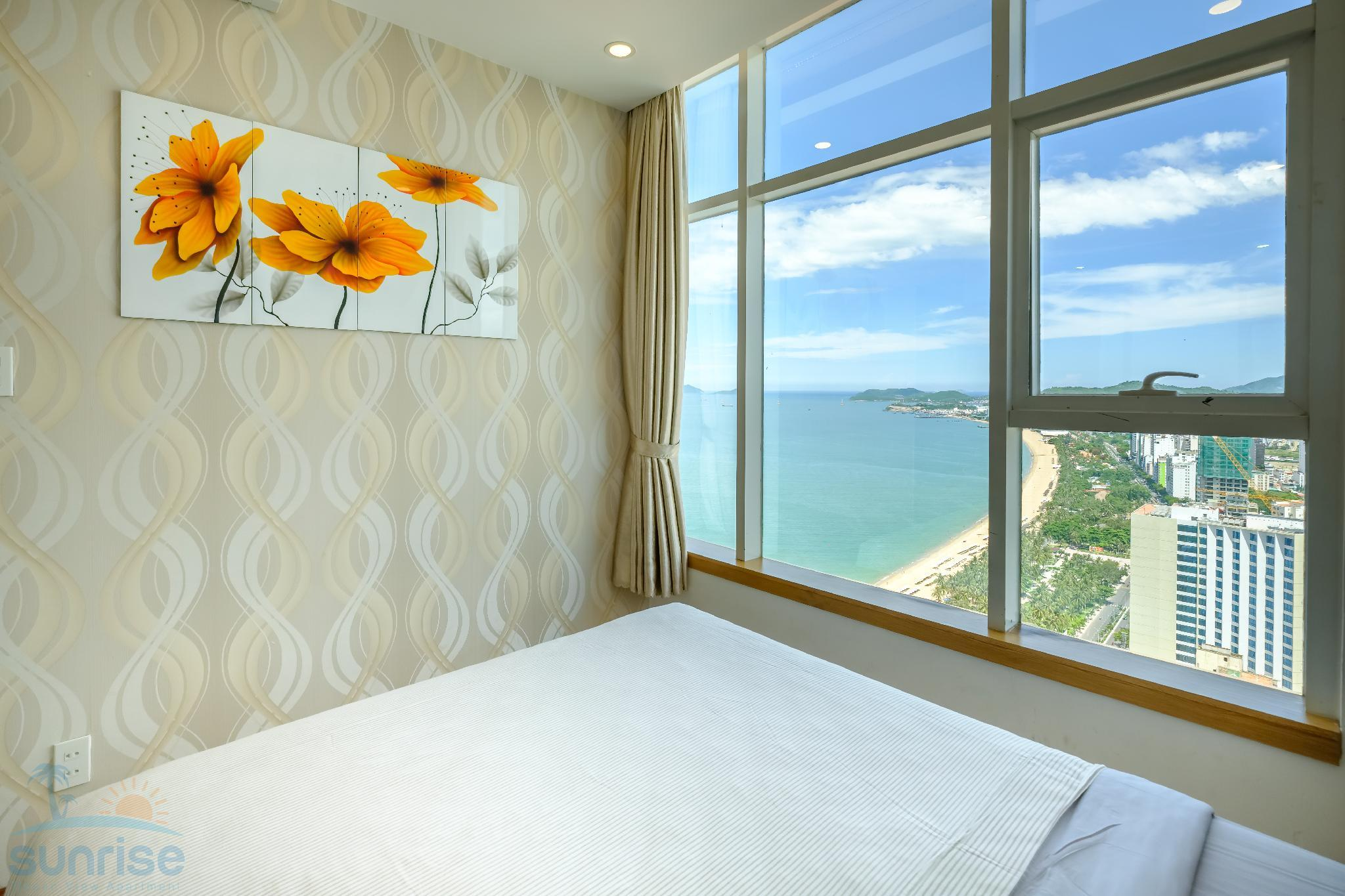 Two Bedroom Apartment with Ocean View