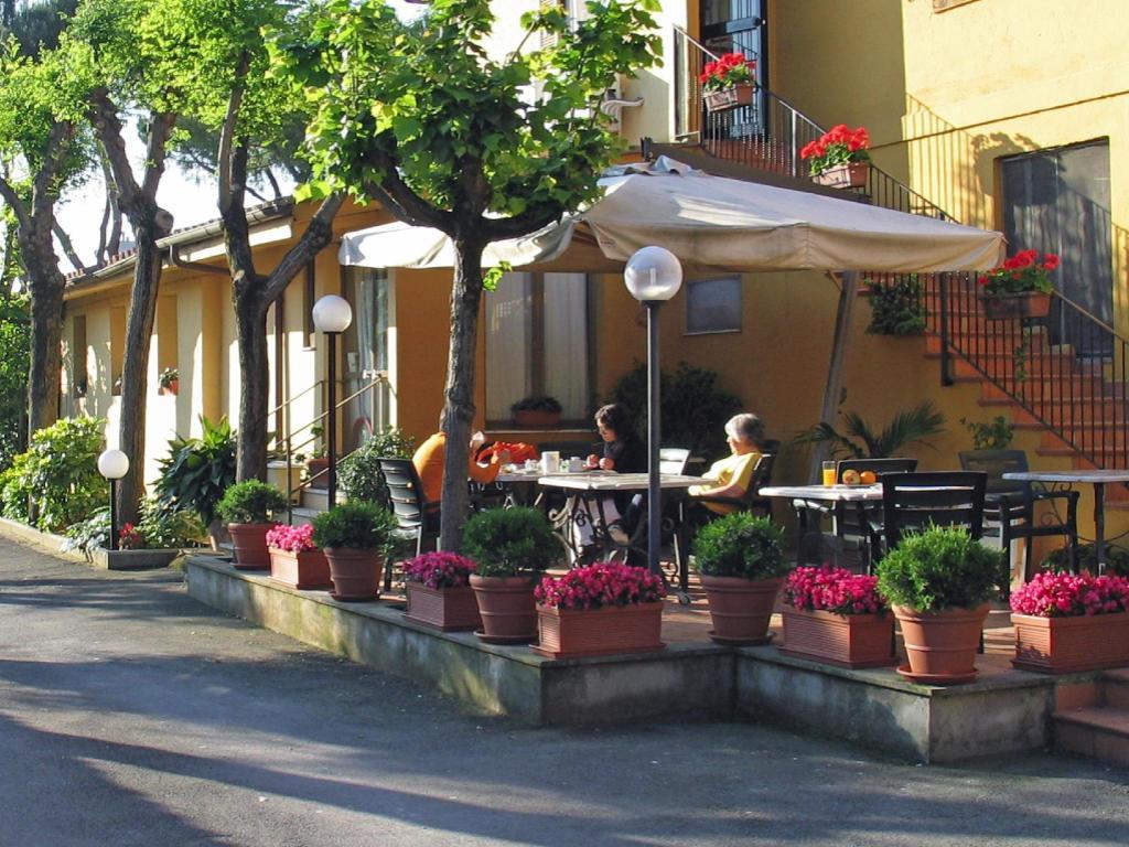 Hotel Via Di Grotta Perfetta Roma