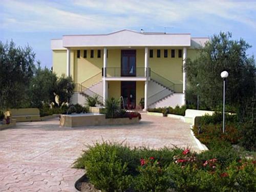 Hotel giardino degli ulivi in margherita di savoia u hotel de
