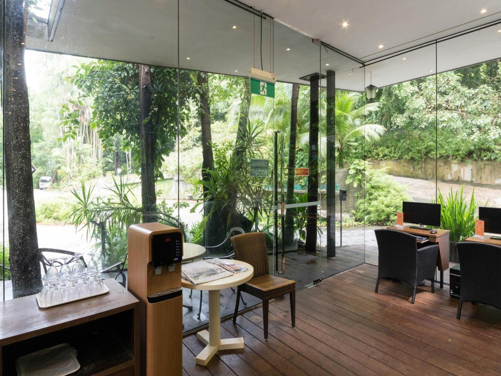 Siloso Beach Resort Sentosa in Singapore - Room Deals ...  Siloso Beach Re...