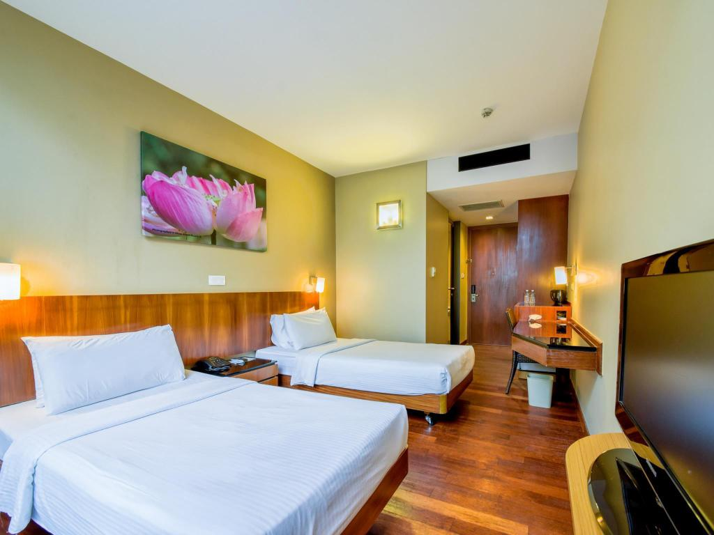 Superior Room - Complimentary Eco Tour Included Siloso Beach Resort Sentosa