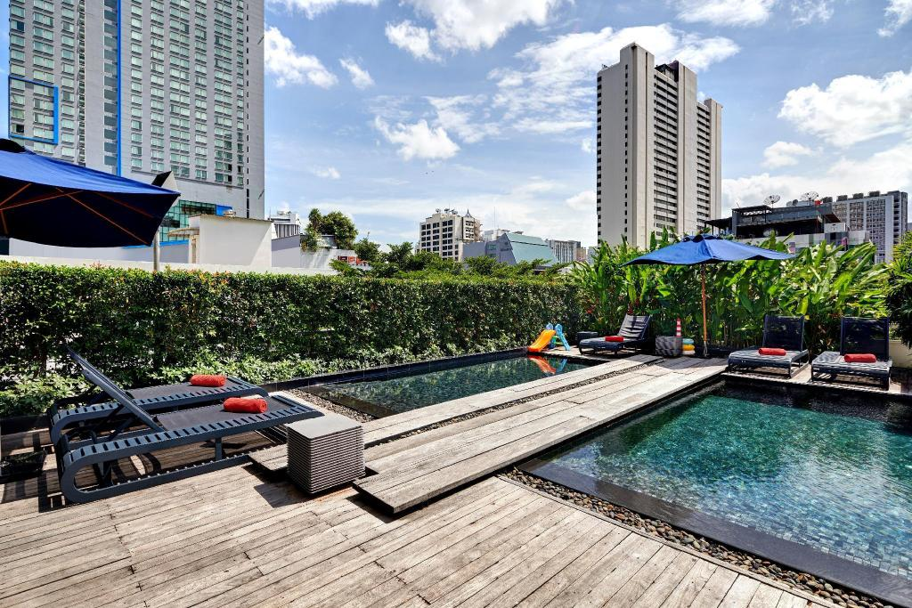 Swimming pool [outdoor] Fraser Suites Sukhumvit - Bangkok