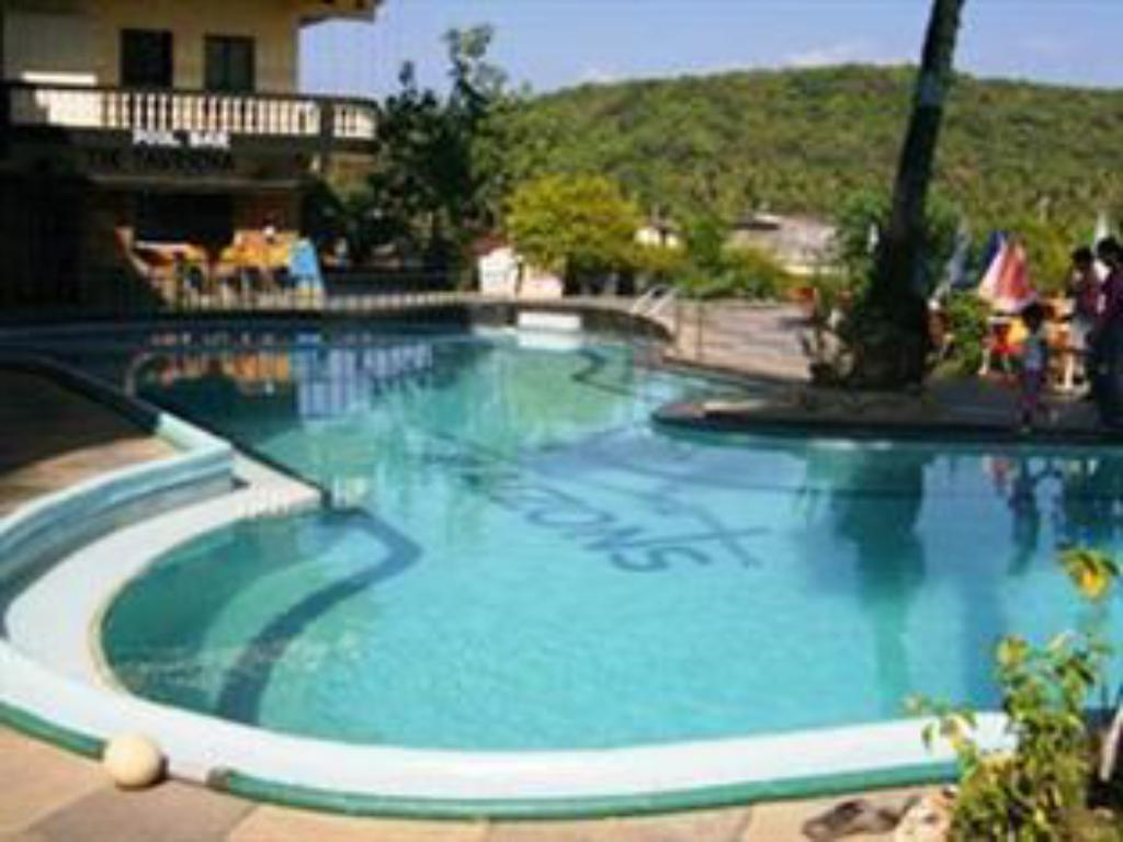 Maizons Lakeview Resort Goa India Photos Room Rates Promotions