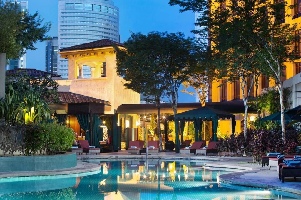 Sheraton imperial kuala lumpur hotel in malaysia room - Piccolo hotel kuala lumpur swimming pool ...