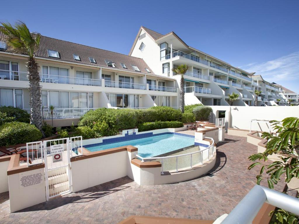 fb565d12d Deals on Dolphin Beach Hotel in Cape Town - Promotional Room Prices