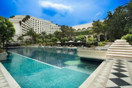 Swimming pool [outdoor] Taj Krishna Hotel