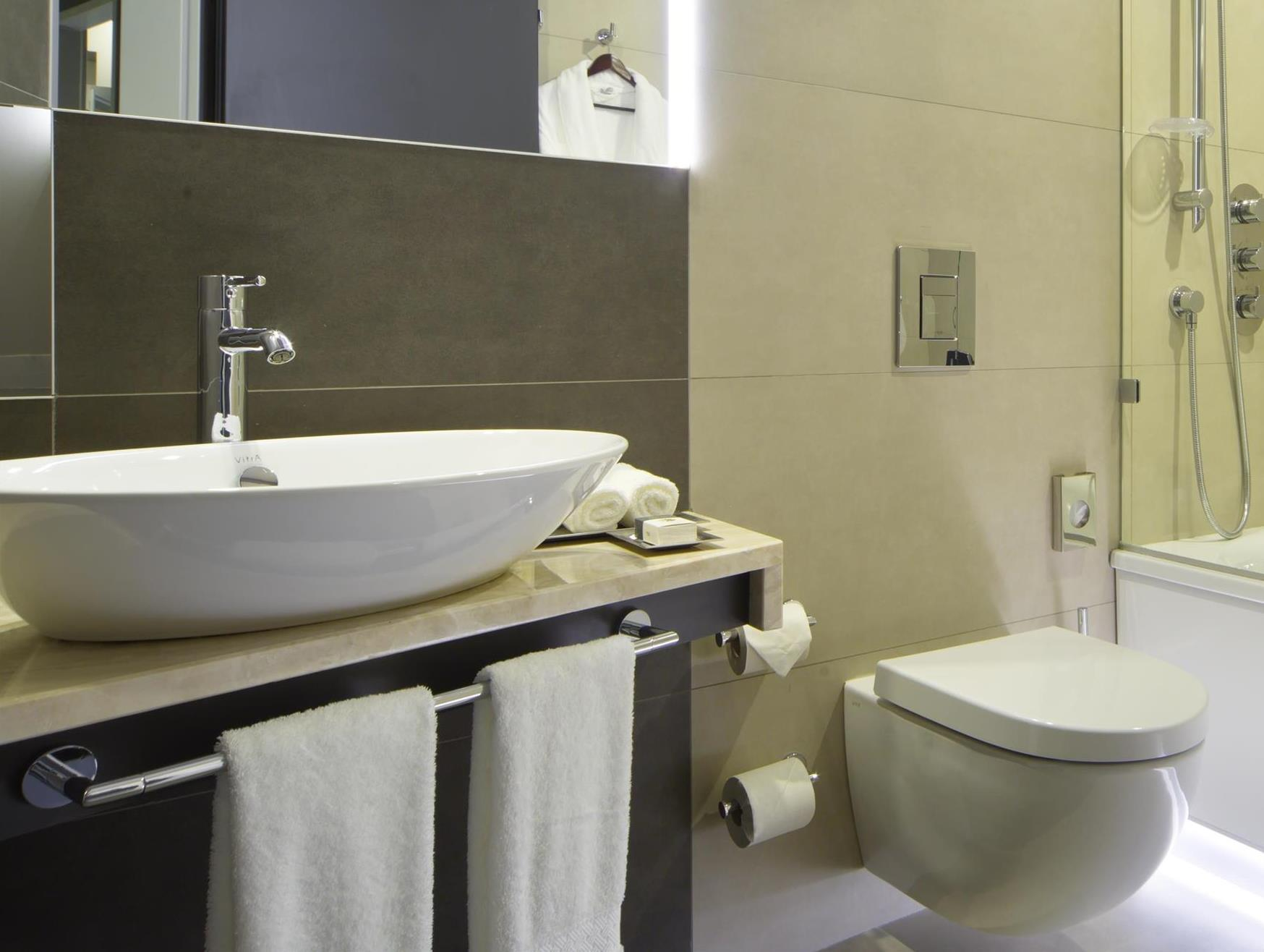 Deco Salle De Bain Suite Parentale ~ doubletree by hilton hotel ekaterinburg city centre ekaterinbourg