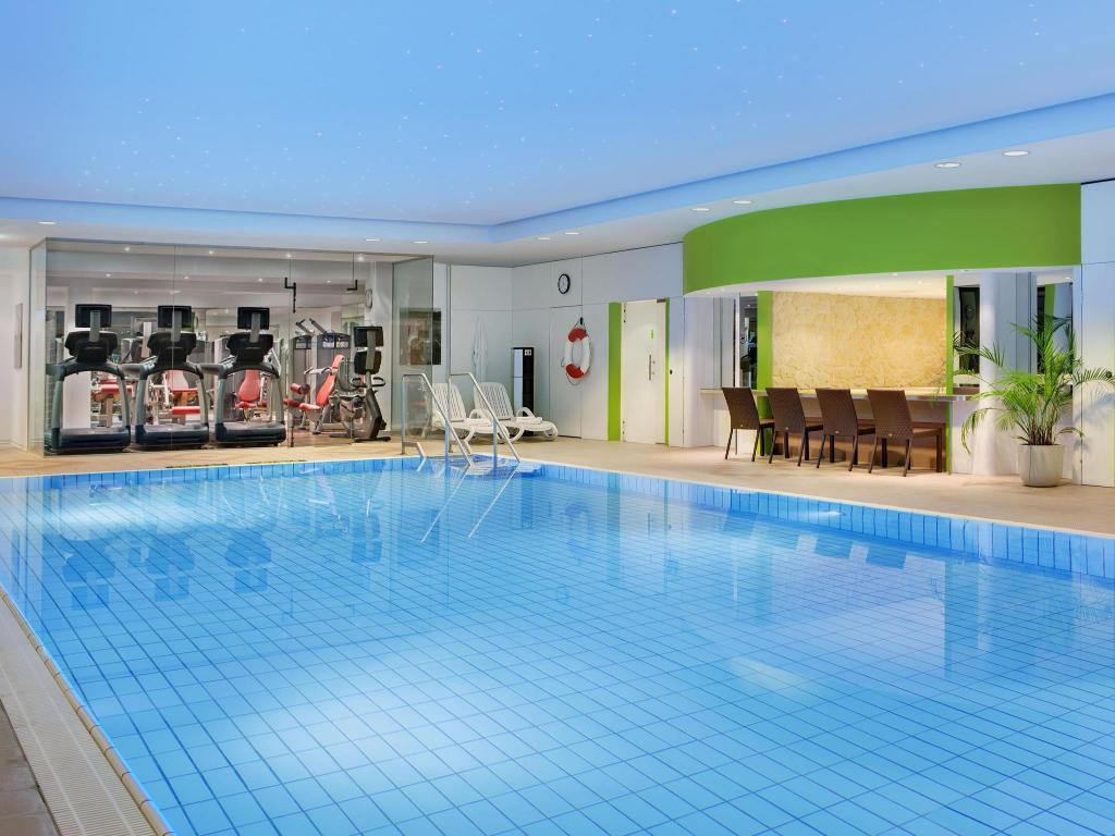 Frankfurt Swimming Pool best price on sheraton frankfurt congress hotel in frankfurt am