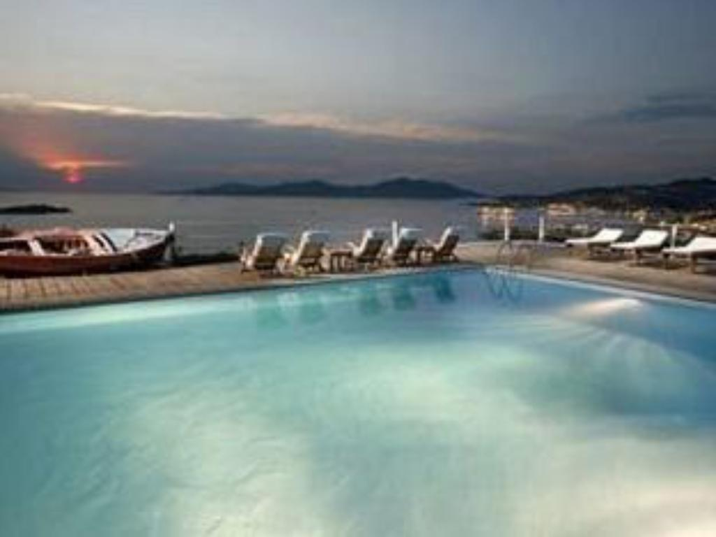 Best price on tharroe of mykonos hotel in mykonos reviews for Top design hotels mykonos