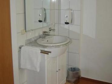 Single Room with Shared Facilities (Advance Purchase)