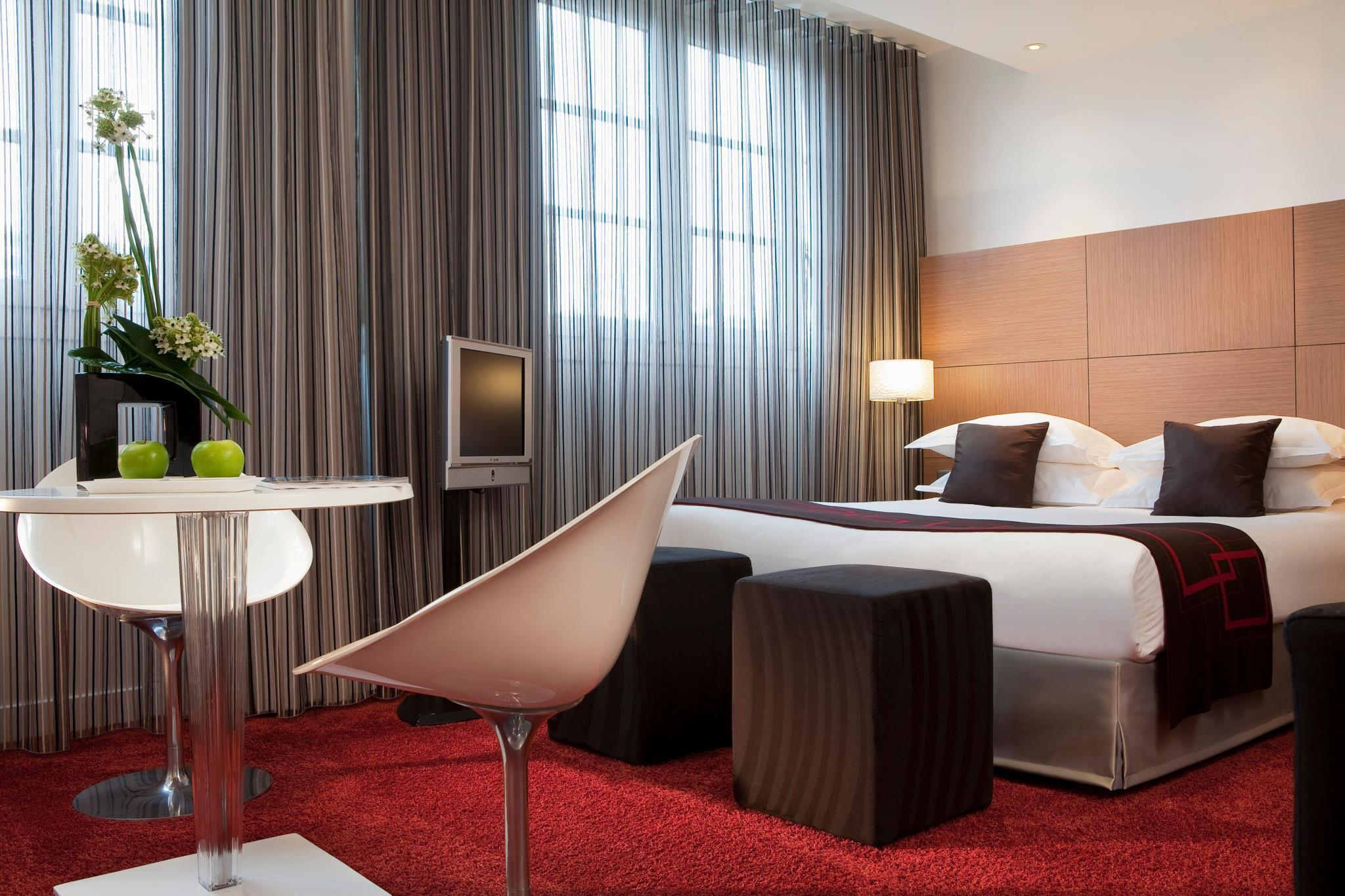Villathena in Paris - Room Deals, Photos & Reviews