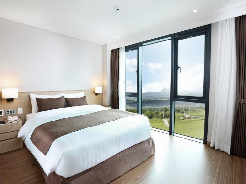 Double - Bed Hotel Fine Jeju