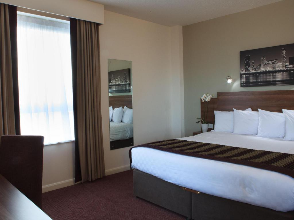 Double Room Jurys Inn Liverpool