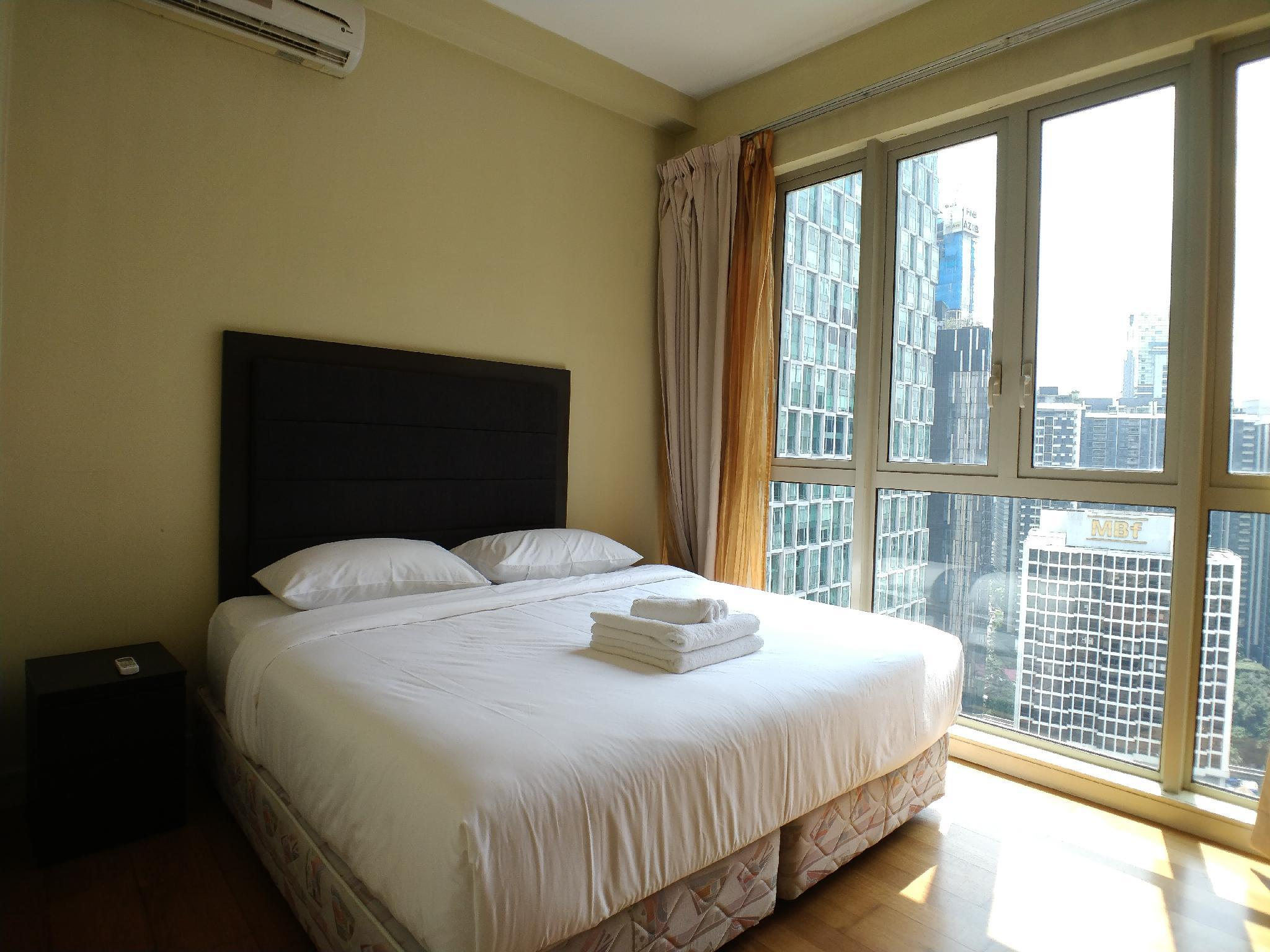 Cozy 2BR with pool&gym steps from Twin Towers A24 Entire ...