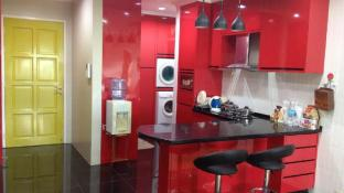 AJ Suite Modern Condo 1 Borneo Shopping Mall Condo