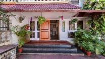 1500sqm 4 bedroom, 4 private bathroom Bungalow in Goregaon