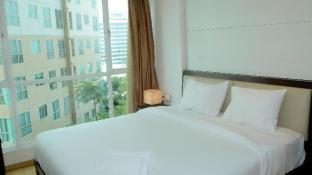 Nice 2BR Gandaria Heights Apartment By Travelio