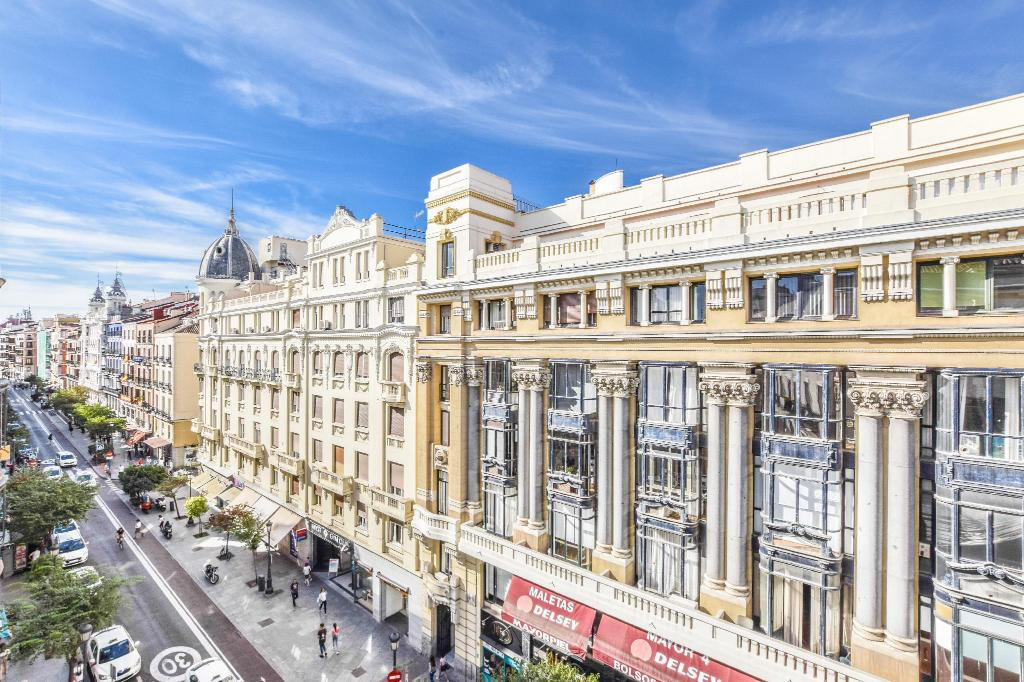 Best Price On Acogedor Apartamento Puerta Del Sol In
