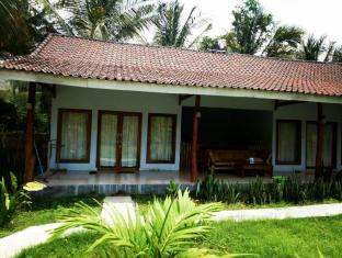 Mengalung home stay