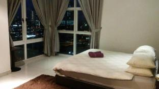 Nicha Central 2Bedrooms  Apt II @ JB City
