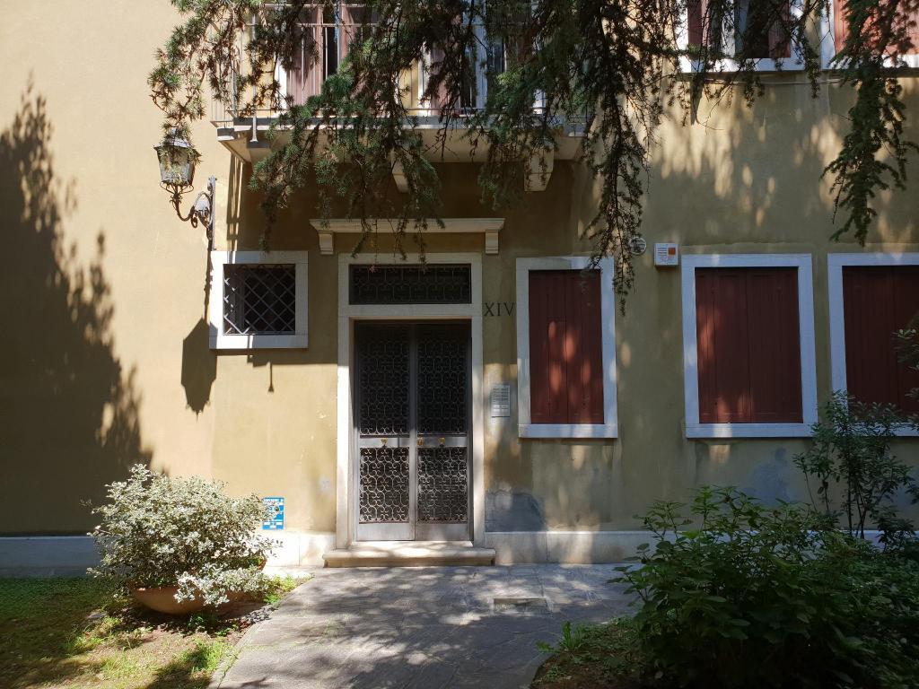 Salle De Bain Avec 2 Entrees appartement avec 2 chambre(s) de 80 m² et 2 salle(s) de