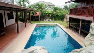 Pool villa@phala beach