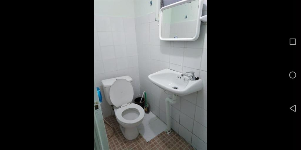Private room bathroom C1 10min walk MRT Bangkok Thailand