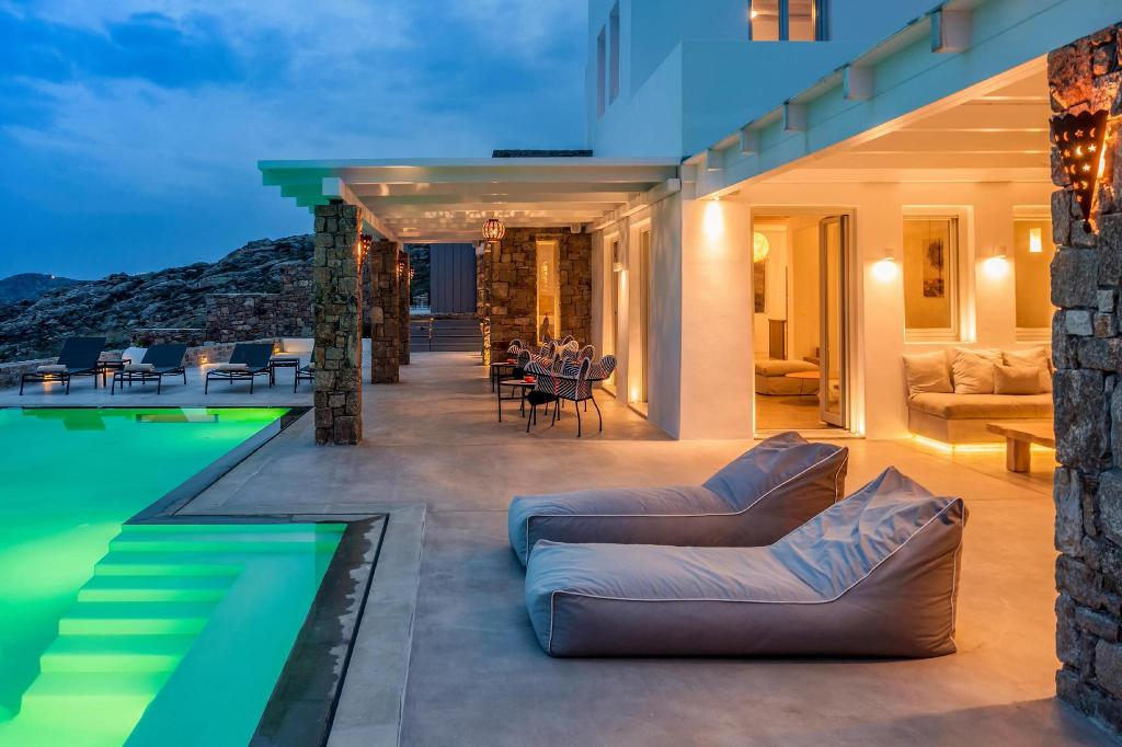 Private Villa Epic Twin | 14 bedrooms | Villa for 28+ quests