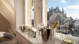 Cathedral View - Exclusive Private Apartment