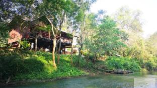 Farm63 Chiang Dao Riverfront Home