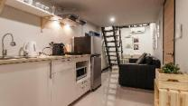 S1 Large Duplex Silom 3 Beds, Full Kitchen WIFI