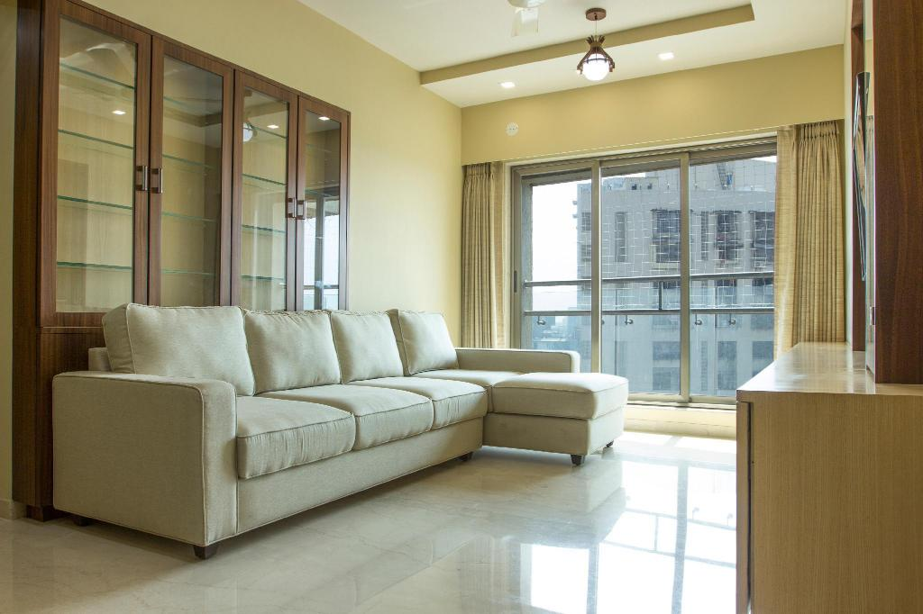 Newly Furnished Luxurious 3 Bhk Apartment Entire Apartment Mumbai Deals Photos Reviews