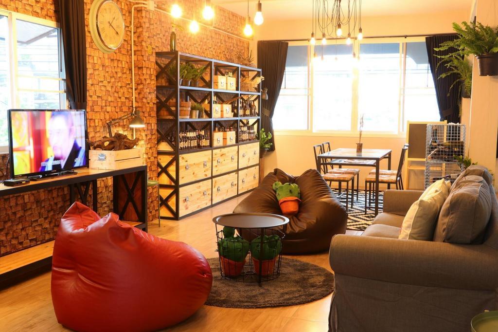 Baan10 R1 Central Plaza Ladprao Bangkok 2bedrooms Entire Apartment Deals Photos Reviews