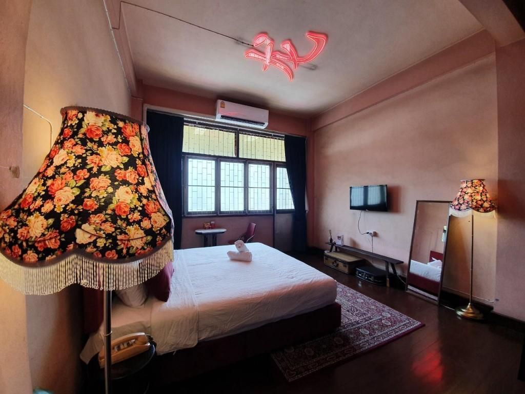 See all 19 photos Hip style in China Town 03/Bed & Breakfast