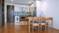 Lovely apt in heart of Ha Noi/ 2 min to West Lake