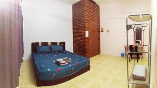 Take A Trip Bentong Homestay - 2 Persons King BedB
