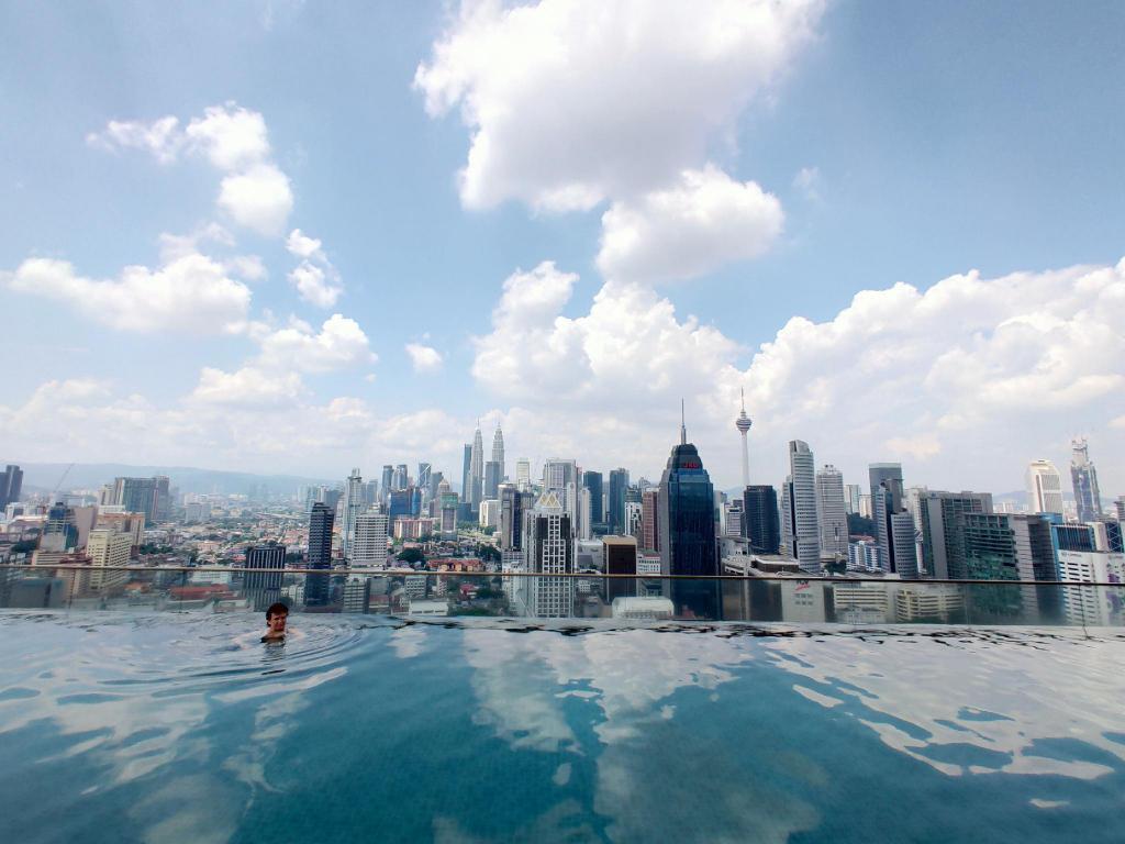 KLCC Infinity Pool @ Evergreen Suite, Regalia, Kuala Lumpur  FREE