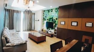 Aisyah Homestay at 1Borneo Condominium