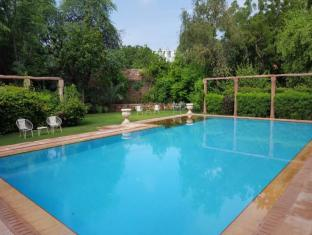 /da-dk/hotel-devi-bhawan/hotel/jodhpur-in.html?asq=jGXBHFvRg5Z51Emf%2fbXG4w%3d%3d