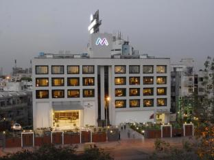 /bg-bg/the-metropole-hotel/hotel/ahmedabad-in.html?asq=jGXBHFvRg5Z51Emf%2fbXG4w%3d%3d