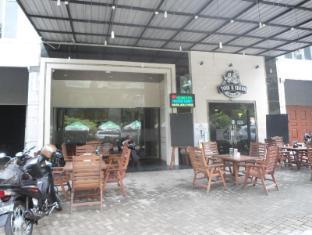 Cemara Asri Inn
