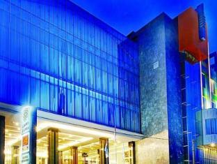 /de-de/golden-flower-hotel/hotel/bandung-id.html?asq=jGXBHFvRg5Z51Emf%2fbXG4w%3d%3d