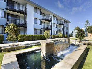 /ar-ae/assured-waterside-apartments/hotel/perth-au.html?asq=jGXBHFvRg5Z51Emf%2fbXG4w%3d%3d