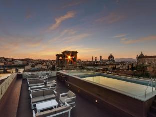 /cs-cz/plaza-hotel-lucchesi/hotel/florence-it.html?asq=jGXBHFvRg5Z51Emf%2fbXG4w%3d%3d