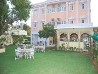 /da-dk/anuraag-villa/hotel/jaipur-in.html?asq=jGXBHFvRg5Z51Emf%2fbXG4w%3d%3d