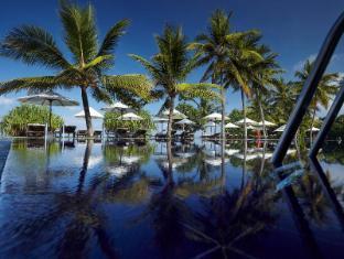 /hu-hu/the-surf-hotel/hotel/bentota-lk.html?asq=jGXBHFvRg5Z51Emf%2fbXG4w%3d%3d